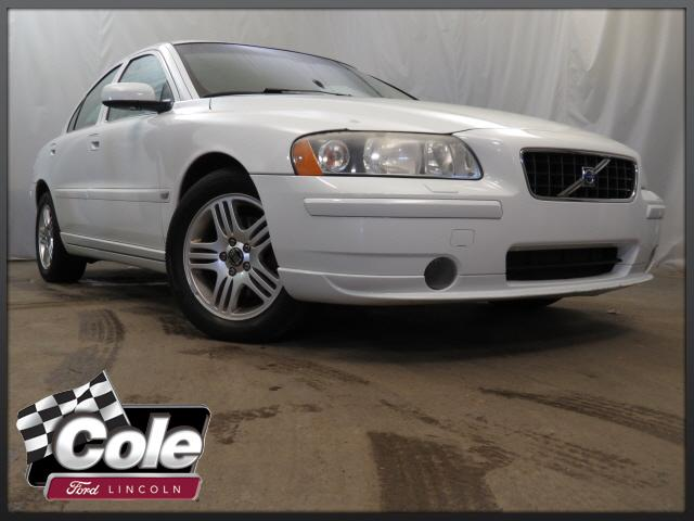 Used Volvo S60 2.5L Turbo AWD w/Sunroof